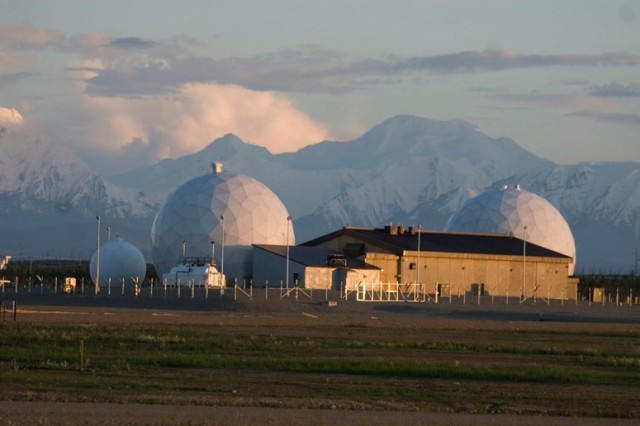 Satellite communication ground station at the Missile Defense Complex, Fort Greely, Alaska, June 2010. (US Army National Guard Photo/Released).