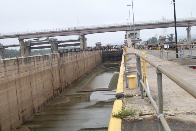 Looking north at the dewatered main chamber of Greenup Locks and Dam.