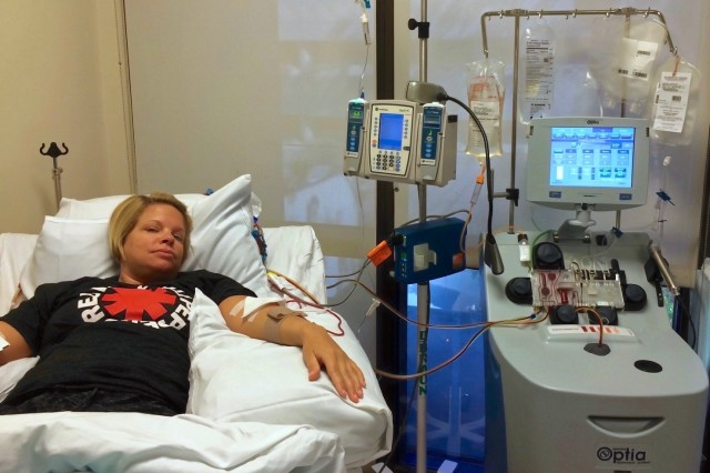 1st Sgt. Christina Mitchell has stem cells exracted from her bloodstream at Scripps Green Medical Center in La Jolla, Cal. in Aug.