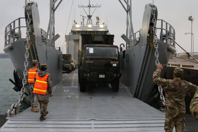 25th Transportation Battalion conducts Joint Port Operations
