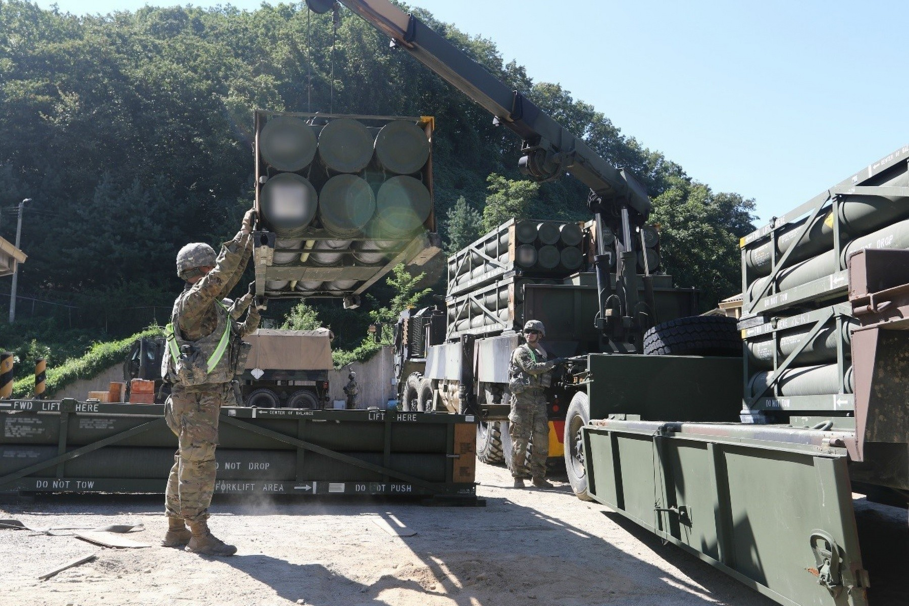 camp essayons korea mlrs Camp essayons is near camps red cloud and stanley also, there are many parks, resorts, historical sites and entertainment areas in korea.