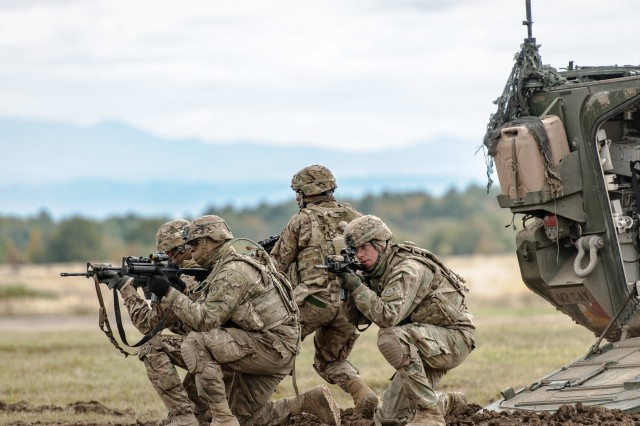 Calvary scouts with team outlaw and Outlaw Troop, 4th Cavalry Squadron, 2nd Cavalry Regiment, demonstrate dismount tactics at the Slovak Shield 2016 Visitors Day Oct. 13, 2016 at Military Training Area Lest, Slovak Republic. U.S. Soldiers participated in Slovak Shield as a part of Atlantic Resolve, a U.S. led effort in Eastern Europe that demonstrates the U.S. commitment to the collective security of NATO and enduring peace and stability in the region.