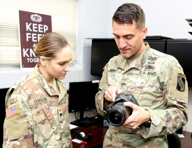 Army Reserve Soldier reaches new heights; earns coveted badge