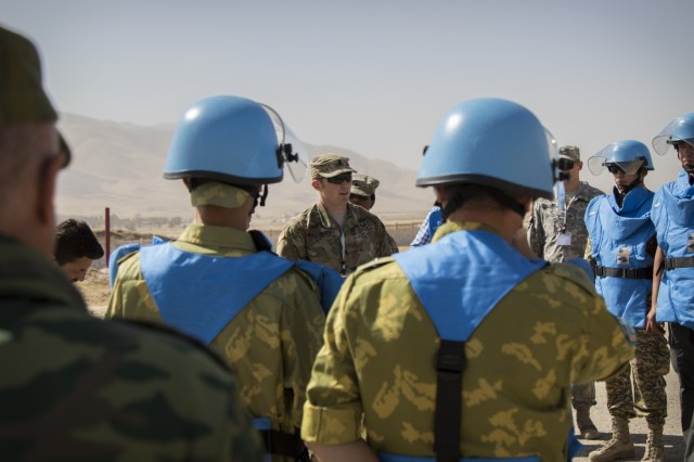 1st Lt. Eric Manderbach, an Explosive Ordnance Disposal officer from the 723rd Ordnance Company (EOD) in Fort Campbell, briefs his class before a practical exercise on IED awareness and recognition Sept. 29, 2016 in Tajikistan. U.S. Army Soldiers, in support of U.S. Army Central, certified 39 participants from Tajikistan, Kazakhstan, Kyrgyzstan, Afghanistan and Armenia on explosive hazard mitigation in accordance withthe International Mine Action Standard.