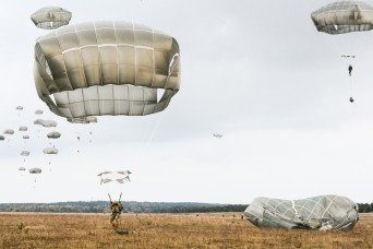 Airborne artillery paratroopers leap into Peacemaster Unity