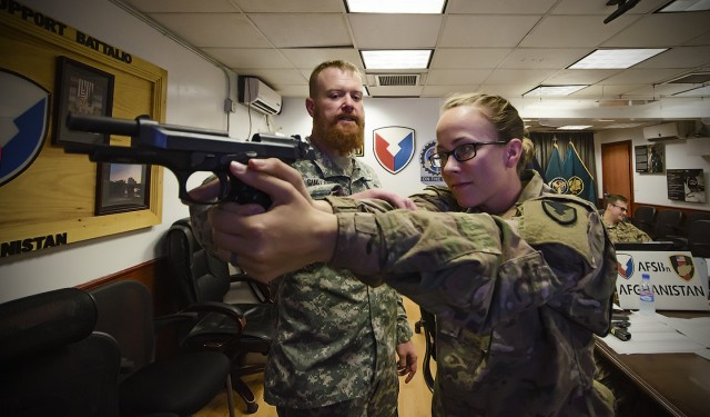 401st AFSBn-Afghanistan Soldiers get enhanced pistol training