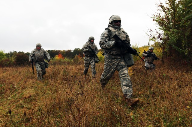 Team Signal Soldiers ready for prime time, train Warrior Tasks and Battle Drills