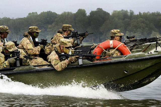 U.S. Army paratroopers assigned to 54th Brigade Engineer Battalion, 173rd Airborne Brigade, crossing river with the Italian army in Piacenza, Italy, Oct. 17, 2016. Livorno Shock is a combined readiness exercise designed to familiarize U.S. paratrooper with river crossing capabilities, lead by the Italian Army's 2nd Engineer Regiment Pointieri.