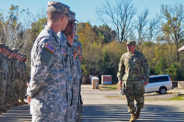 "Col. Stanley Sliwinski, commander of the 101st Airborne Division Sustainment Brigade ""Lifeliners,"" speaks to the Soldiers of 2123rd Transportation Company, Oct. 22, 2016, before the company's patching ceremony on Fort Knox, Ky."