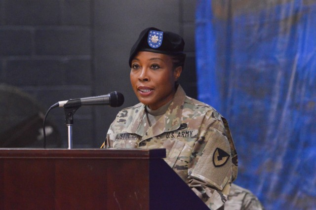 SCHOFIELD BARRACKS ⎯ Lt. Col. Daphne H. Austin, commander, 921st Contracting Battalion, offers remarks during the Uncasing and Re-Stationing Ceremony at Martinez Physical Fitness Center aboard Schofield Barracks, Oct. 25, 2016. (U.S. Army photo by Kristen Wong)