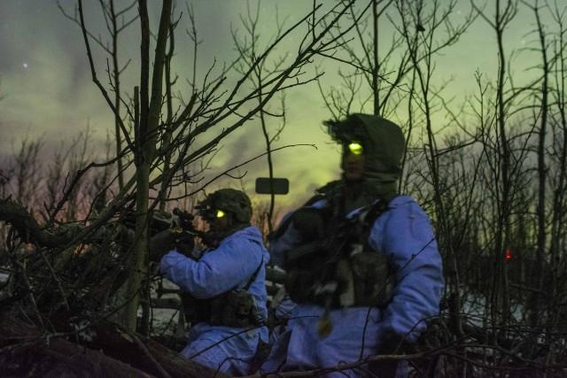 Night patrolbase defense
