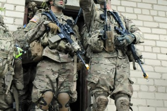 Able Company conducts raid during Exercise Sun Stroke