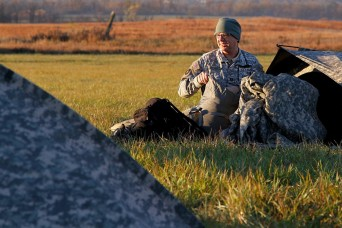 Iowa Army National Guard spends drill weekend in field environment