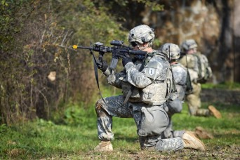 Devil Soldiers demonstrate MILES for ROK Army