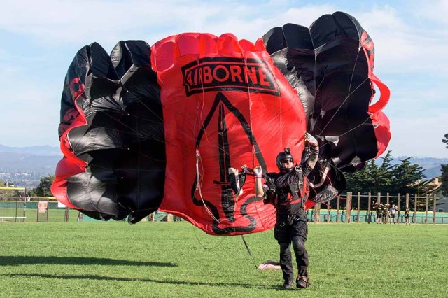 The Black Daggers, the official U.S. Army Special Operations Command parachute demonstration team, jumped into Soldier Field on the Presidio of Monterey Nov. 4. (U.S. Army photo by Amber K. Whittington/Released)