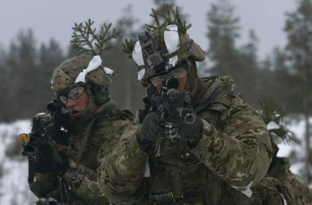'Sky Soldiers' test team cohesion in Estonia