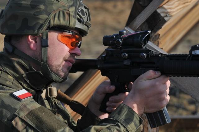U.S., Polish Allies Thanksgiving shooting competition