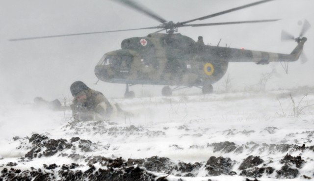 Ukrainian Soldiers conduct air assault training