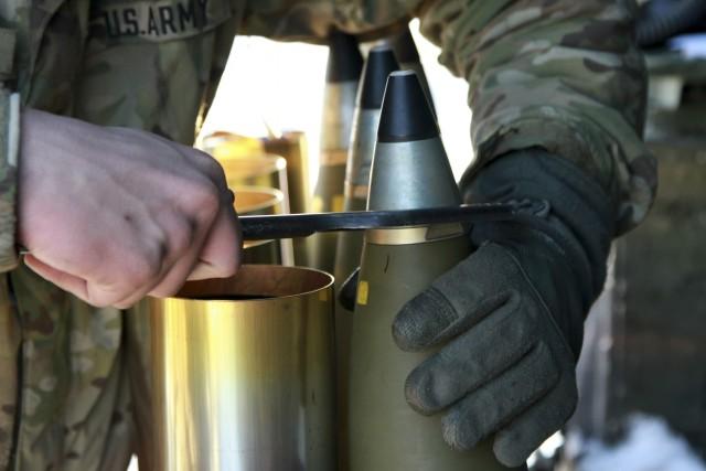 Airborne field artillery booms in support of 173rd Airborne Brigade CALFEX