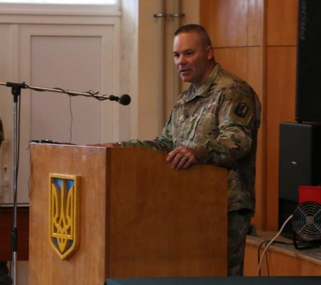 Ukrainian battalion graduates JMTG-U training