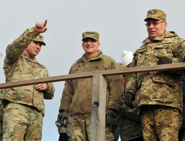 JMTG-U commander bids farewell to Ukraine