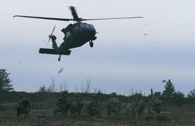 CALFEX tests 2/503rd Airborne team dynamic