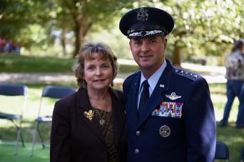 National Guard Bureau chief Lengyel issues holiday greeting