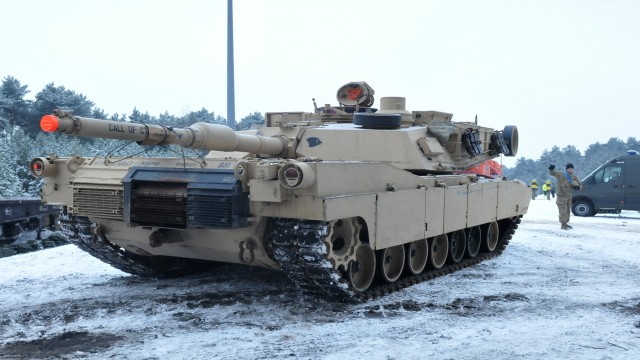 Atlantic Resolve: First US M1A2 Main Battle Tanks in Poland