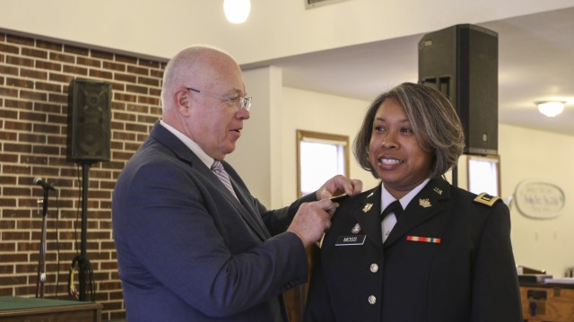 Kansas Army National Guard welcomes first woman to Chaplain Corps