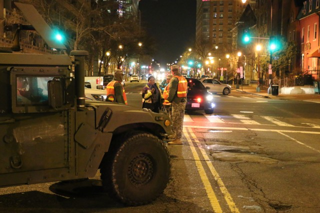 Virginia National Guard Soldiers assigned to the Virginia Beach-based 229th Military Police Company, 529th Combat Sustainment Support Battalion, 329th Regional Support Group operate traffic control points Jan. 20, 2017, in Washington, D. C., in support of the 58th Presidential Inauguration. Nearly 300 Virginia National Guard Soldiers and Airmen are serving alongside a force of approximately 7,500 National Guard personnel from 44 states and three territories to support the event providing traffic control and crowd management, as well as communications, medical and chaplain support.