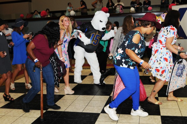 Ladies hit the dance floor during Girls Night Out at the Landing Jan. 20.