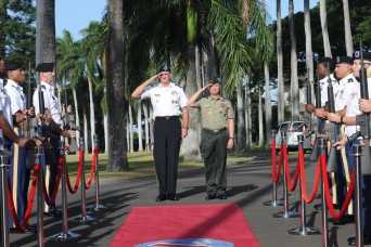 USARPAC honors Philippine Army Commanding General