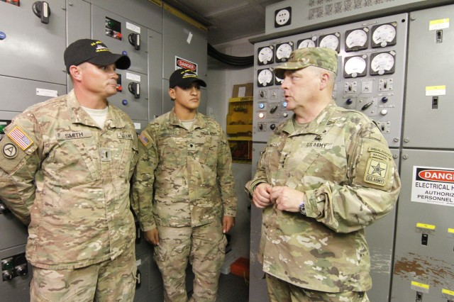 Communication on the High Seas: Signal support to Army Watercraft