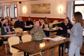 99th RSC briefs 7th MSC Soldiers on reserve retirement