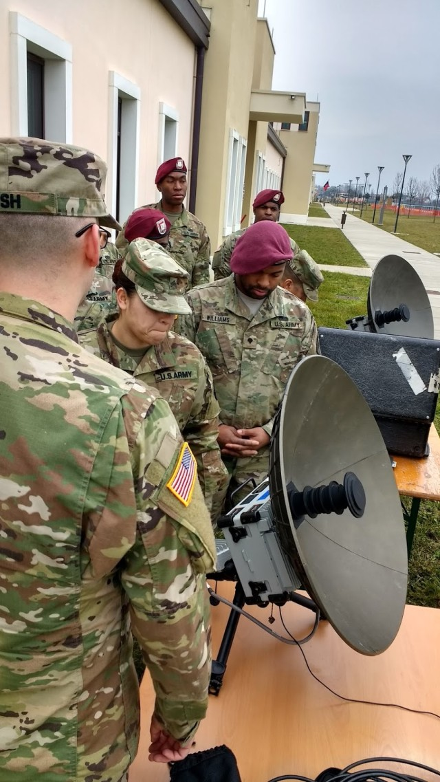 Army Europe signal Soldiers train together on expeditionary SATCOM systems