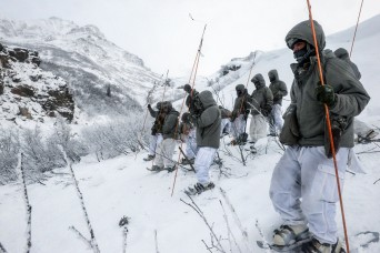 At avalanche training, Soldiers learn caution saves lives, complacency kills