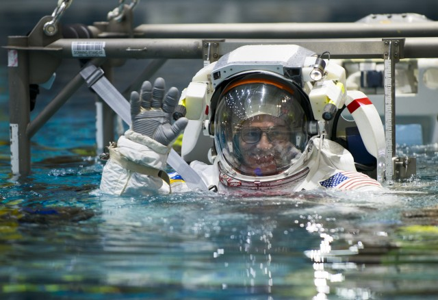 Stunning view of Earth keeps Army astronaut pumped for upcoming mission