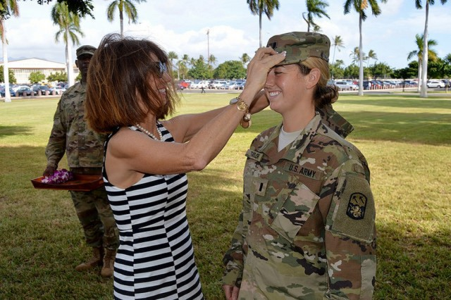 JOINT BASE PEARL HARBOR-HICKAM, Hawaii-U.S. Army 1st Lt. Elle L. Taylor (right), the human resource strength management officer with the 94th Army Air and Missile Defense Command, U.S. Army Pacific, is promoted from second lieutenant to first lieutenant during a ceremony, Nov. 22, 2016, at the Joint Base Pearl Harbor-Hickam, Hawaii. (U.S. Army photo by Maj. Troy S. Frey, 94th AAMDC Public Affairs)