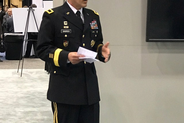 Brig. Gen. Karl Gingrich, PEO C3T's assistant program executive officer, discusses the Home Station Training Initiative during an AUSA Warriors Corner in Huntsville, Alabama, March 13.