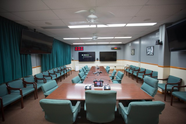 The 25th ID's G-6 conference room at Schofield Barracks after the HSMCC tech refresh. (U.S. Army photo by Lt. Col. Robert Phillips)