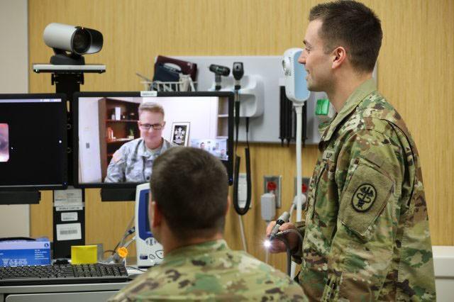 US Army Medical Recruiting Brigade helps neurosurgeon rejoin