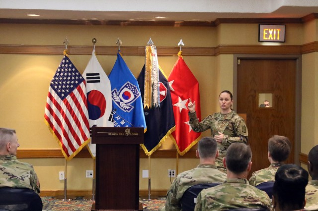 Maj. Lisa Jaster, the guest speaker of 2017 Women's History Month Observance on March 31 Yongsan, gives her speech titled 'delete the adjective' at Dragon Hill Lodge, Yongsan Garrison. Jaster is one of three female graduates from U.S. Army Ranger School.