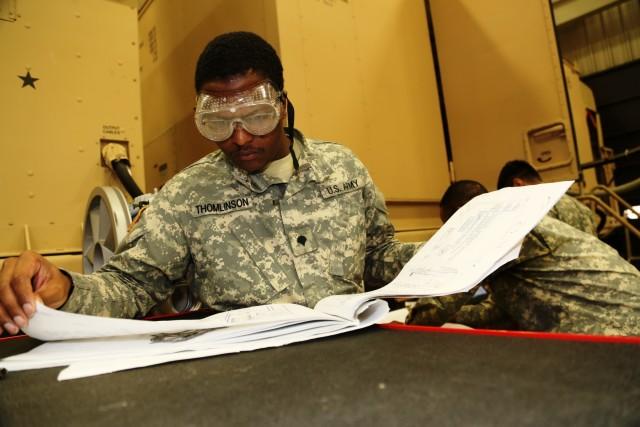 Soldiers train at Fort McCoy RTS-Maintenance to build 91J equipment-repair skills