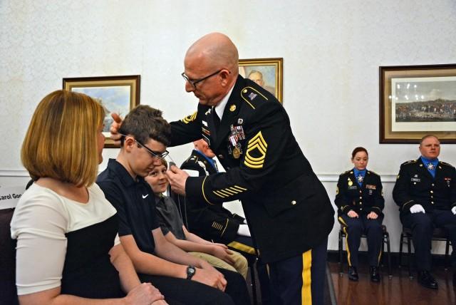 741st Military Intelligence Battalion honors senior leader at Retirement Ceremony
