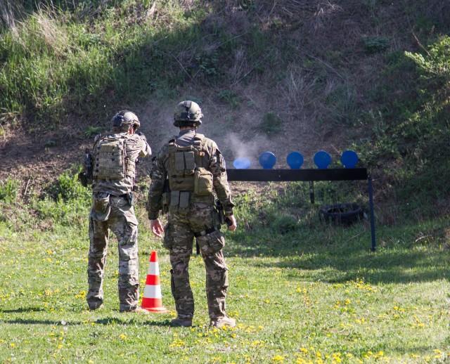 U.S Army Special Forces train Serbian Anti-Terrorism police