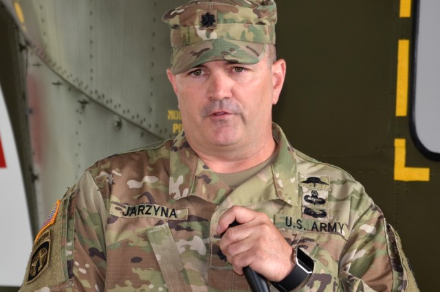 Lt. Col. Robert Jarzyna thanks members of the 916th Contracting Battalion during its inactivation ceremony May 15 at Joint Base San Antonio-Fort Sam Houston, Texas. The inactivation of the battalion is a result of force structure changes directed by the secretary of the Army to adapt the service's force generation process to the needs of a contingency force. Jarzyna served as commander of the 916th CBN.
