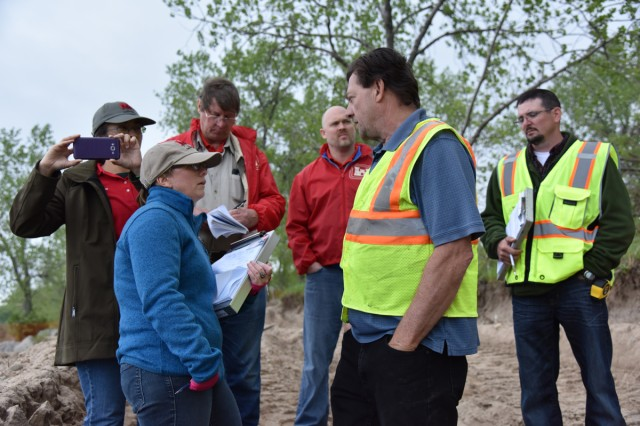 A USACE, Buffalo District field team met with Sandy Island Beach State Park officials to discuss current flood control and erosion measures.