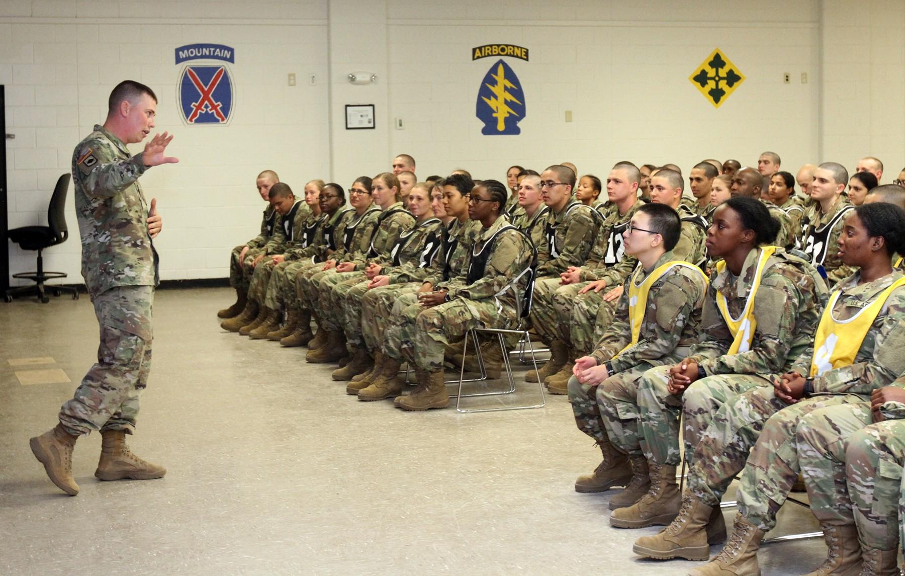 High schoolers enter Army through Split Option program