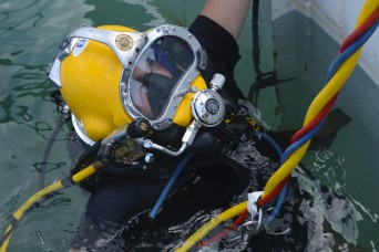 Underwater welding: Army Divers conduct salvage projects, keep ports afloat