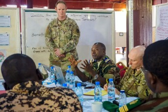 Unified Focus 2017 tabletop exercise brings multinational collaboration to Cameroon